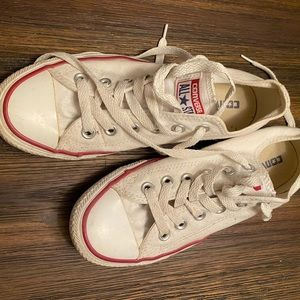 Converse Chuck Taylor All Star - size 7 women's